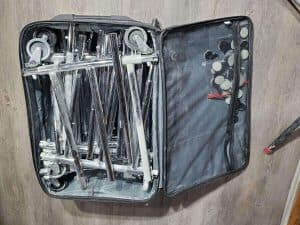 suitcase with dry rack 518 painters